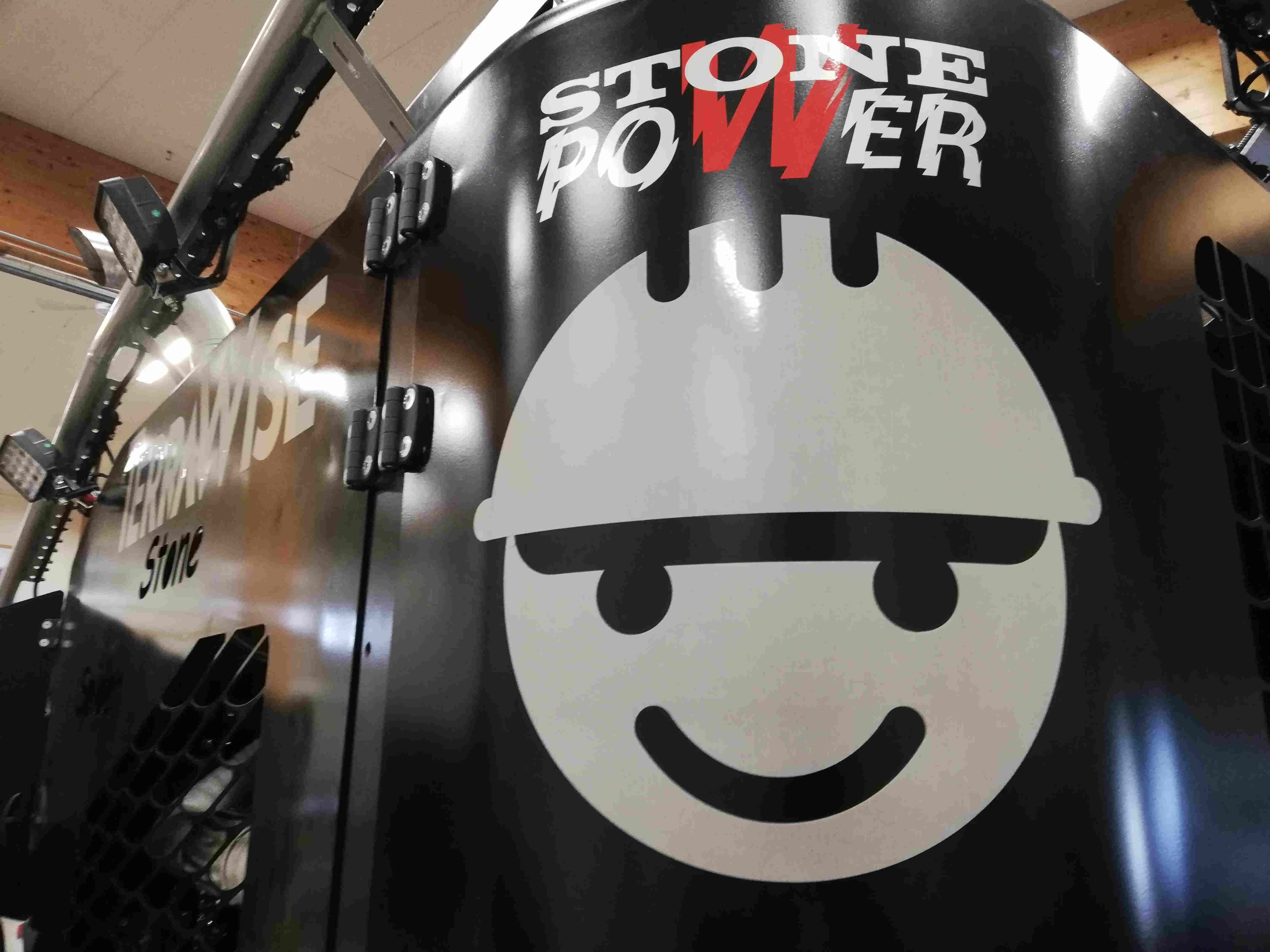 Stone spider, Terrawise sticker